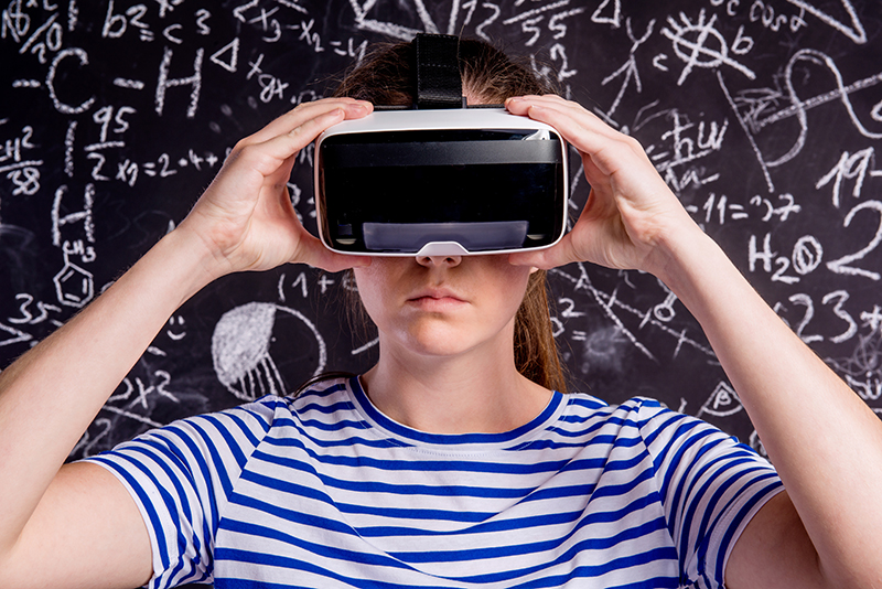 Focus on Immersive Reality Technologies